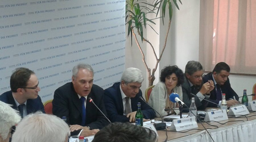 Zaruhi Hovhannisyan spoke about the human security and the security sector reform in Armenia